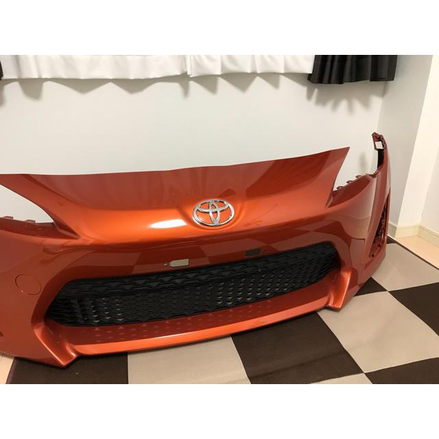 トヨタ(トヨタ)のTOYOTA86(ZN6)前期 純正フロントバンパー(オレンジ) 自動車/バイクの自動車(車種別パーツ)の商品写真