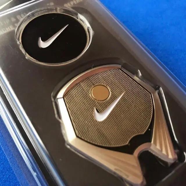 NIKE(ナイキ)の レア 新品 NIKE GOLF USA  ハットクリップ&ボールマーカー スポーツ/アウトドアのゴルフ(その他)の商品写真