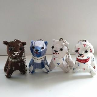 手縫いの犬のマスコットキーホルダー   ハンドメイド(キャラクターグッズ)