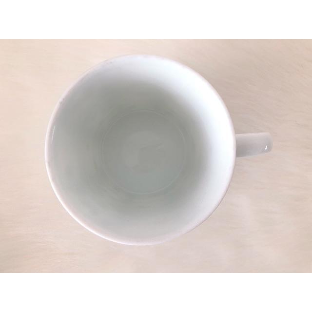 NARUMI(ナルミ)のNarumi チャイナ マグカップ いちご柄 箱なし Narumi チャイナ マ インテリア/住まい/日用品のキッチン/食器(グラス/カップ)の商品写真