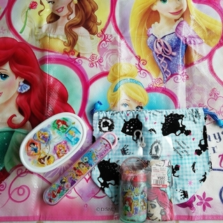 ディズニー(Disney)のディズニープリンセスお弁当箱セット(弁当用品)