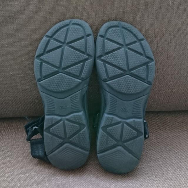GU(ジーユー)のGU キッズ スポーツサンダル ブラック 20.0㎝ キッズ/ベビー/マタニティのキッズ靴/シューズ (15cm~)(サンダル)の商品写真