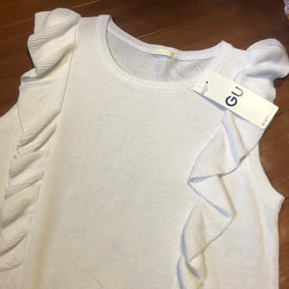 ジーユー(GU)の新品 GU クルーネック セーター ノースリーブ(ニット/セーター)