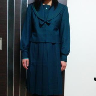 成国 セーラ 冬服 (コスプレ)