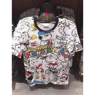 ユニバーサルスタジオジャパン(USJ)のスヌーピーのTシャツ(キャラクターグッズ)