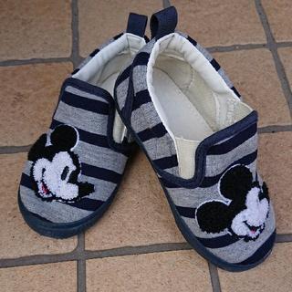 ディズニー(Disney)の2回着用のみ‼️可愛いミッキーシューズ スリッポン(スリッポン)