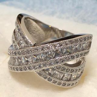 ホワイトCZ シルバーカラーリング 女性 指輪(リング(指輪))