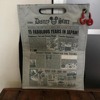 ディズニー(Disney)のディズニーストア 15周年 ハンドバッグ ニュースペーパー 新聞 美品(キャラクターグッズ)