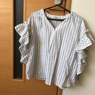 シマムラ(しまむら)の新品 ブラウス フリル袖 M(シャツ/ブラウス(半袖/袖なし))