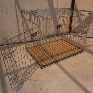 アイリスオーヤマ(アイリスオーヤマ)のアイリスオーヤマ 折り畳みケージ 中型犬用 W54×D74×H60cm(かご/ケージ)