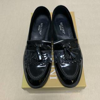 ディエゴベリーニ(DIEGO BELLINI)のうめた様専用 値下げ 美品 ベリーニ エナメル タッセル ローファー イタリア製(ローファー/革靴)