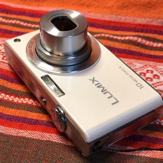 パナソニック(Panasonic)のlumix DMC-FX35 ライカレンズ  1000万画素 4GB SD付き(コンパクトデジタルカメラ)