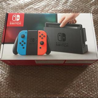ニンテンドースイッチ(Nintendo Switch)の5台セット ニンテンドースイッチ ネオンブルー ネオンレッド 任天堂(家庭用ゲーム本体)