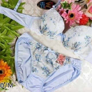 044★A70 M★美胸ブラ ショーツ Wパッド 小花 レース 水色(ブラ&ショーツセット)