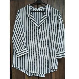ジーユー(GU)のGU♡抜き襟ストライプシャツ(シャツ/ブラウス(長袖/七分))