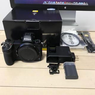 ニコン(Nikon)のnikon z6 シャッター271回のほぼ新品です。(ミラーレス一眼)