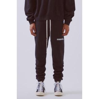 フィアオブゴッド(FEAR OF GOD)のfog essentials sweatpants black xxs(スウェット)