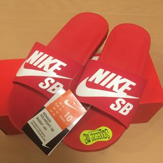 ナイキ(NIKE)のNIKE SB ベナッシ 28cm サンダル benassi レッド 赤(サンダル)