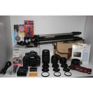 キヤノン(Canon)の❤️Canon EOS 7D MarkⅡ❤️ 単焦点&標準&望遠トリプルレンズ (デジタル一眼)