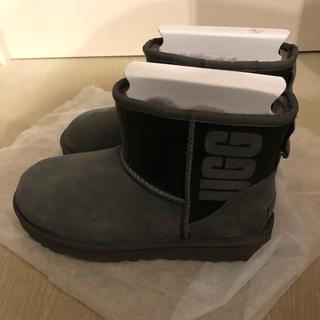 アグ(UGG)の新品 UGG 25(ブーツ)