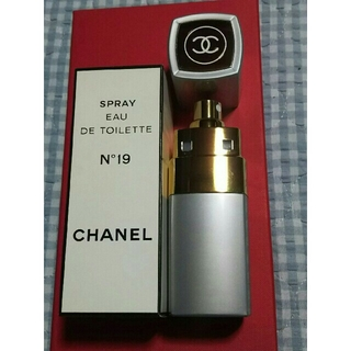 シャネル(CHANEL)のCHANEL  N°19 オードトワレ 100mL(香水(女性用))