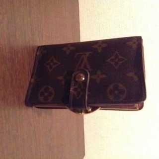 ルイヴィトン(LOUIS VUITTON)のセール!本物 ルイ ヴィトン モノグラム がま口二つ折り財布(財布)