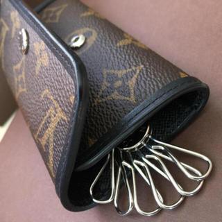 ルイヴィトン(LOUIS VUITTON)の極美品 正規品ルイヴィトンマカサーキーケース(キーケース)