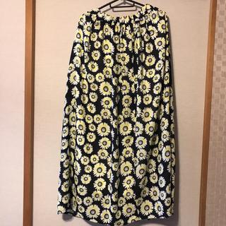 シェル(Cher)の新品 cher花柄ロングスカート(ロングスカート)