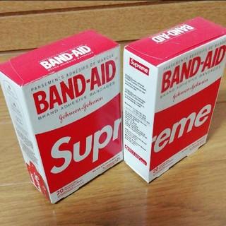 Supreme - 国内未発売 SUPREME x BAND-AID バンドエイド 20枚入り 1箱