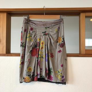 ハク(H.A.K)のハク   花柄スカート(ひざ丈スカート)