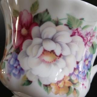 ロイヤルアルバート(ROYAL ALBERT)のカップ (グラス/カップ)