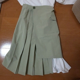 シャツワンピース+巻きスカート