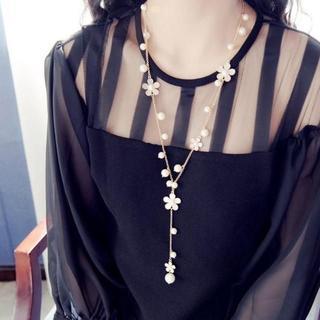 【ホワイト】お花モチーフ パールネックレス ネックレス(ネックレス)
