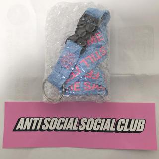 アンチ(ANTI)のANTI SOCIAL SOCIAL CLUB ネック ストラップ(ネックストラップ)