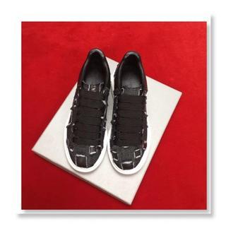 アレキサンダーマックイーン(Alexander McQueen)のAlexander McQueen   靴/シューズ スニーカー パンプス 黒 (スニーカー)