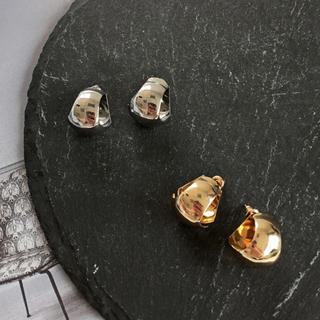 シンゾーン(Shinzone)のSmall ball gold earrings No.41(ピアス)