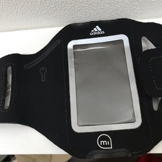 アディダス(adidas)のアディダス adidas アームバンド スマホホルダー iPhone(モバイルケース/カバー)