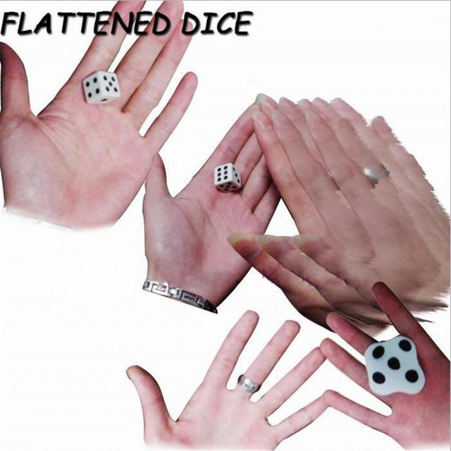 【衝撃!】ぺたんこダイス! Flattened Dice Set エンタメ/ホビーのおもちゃ/ぬいぐるみ(キャラクターグッズ)の商品写真