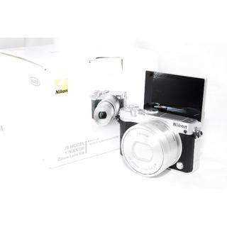 ニコン(Nikon)の♡新品♡Nikon1 J5 パワーズームキット♡シルバー(ミラーレス一眼)