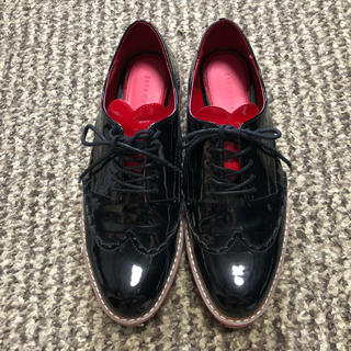 ザラ(ZARA)のZARA ハートレースアップシューズ(ローファー/革靴)