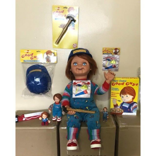 アクセサリーオプション付 等身大 チャイルドプレイ グッドガイ人形 チャッキー エンタメ/ホビーのフィギュア(SF/ファンタジー/ホラー)の商品写真
