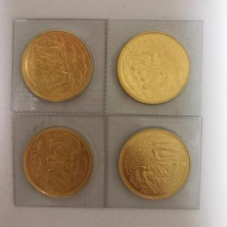 天皇陛下御在位60年記念10万円金貨 昭和61年銘柄 4枚(貨幣)