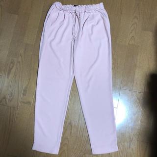 ザラ(ZARA)のZARA 薄手パンツ(^ω^)ピンク オフィス(カジュアルパンツ)