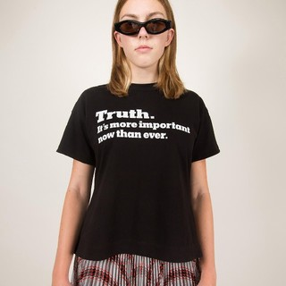 sacai - sacai truth tシャツ