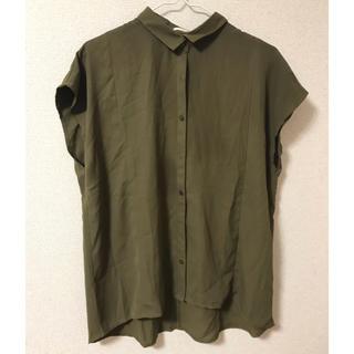 ジーユー(GU)の半袖シャツ ブラウス(シャツ/ブラウス(半袖/袖なし))