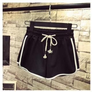 ショート パンツ 短パン  黒 ルームウェア  スポーツ ジョギング ヨガ L(ルームウェア)