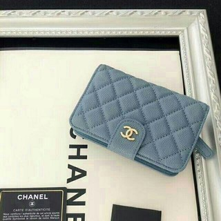 chanelシャネルマトラッセ 二つ折り財布美品 未使用(折り財布)