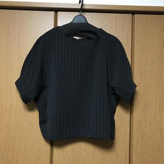 ジーユー(GU)のトップス(カットソー(半袖/袖なし))