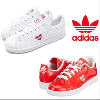 アディダス(adidas)のアディダス ❤海外限定カラー 入荷しました(スニーカー)