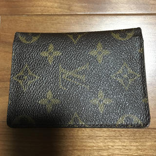 LOUIS VUITTON - ルイヴィト定期入れ